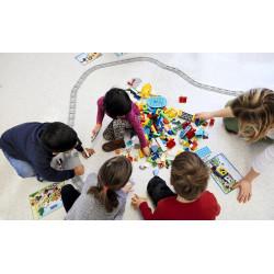 Actividad en equipo con Coding Express de Lego Duplo