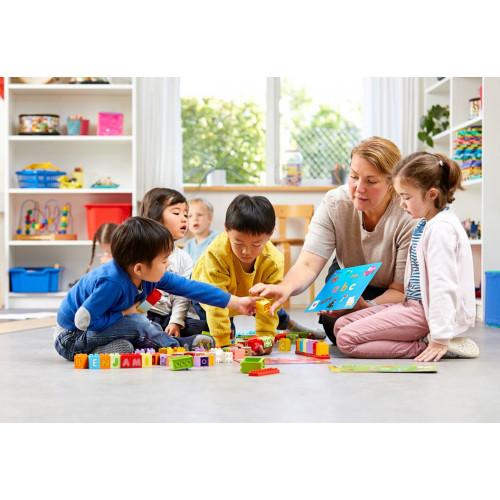 Actividad con Letras Lego Duplo en Infantil