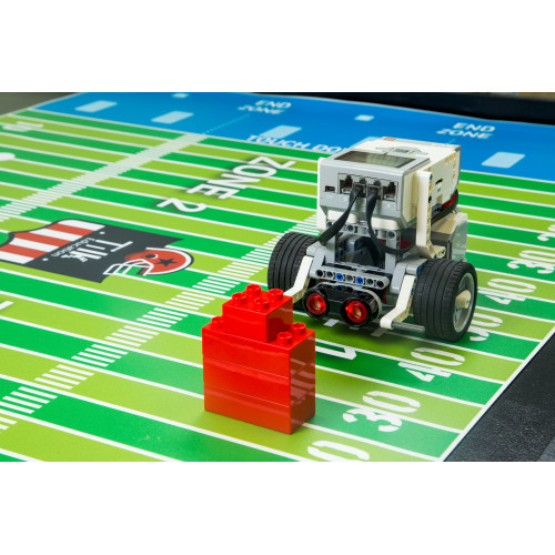 TILK Education: Tapete Fútbol Americano y LEGO ® MINDSTORMS Education EV3